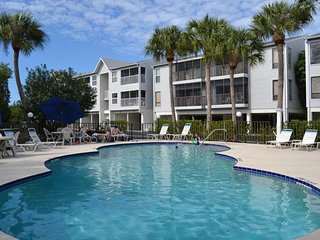 Private 2BR/2BA w/ Nearby Shopping and Beach, Free Trolley, and Covered Parking