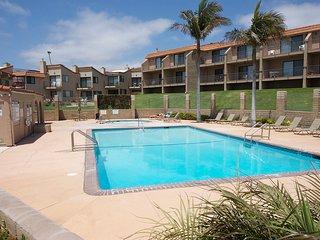 Cozy Pismo Shores Estate Condo w/ Partial Ocean View, Fireplace & Complex Pool