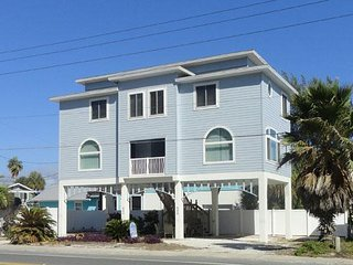 Panoramic Views of the Gulf in This Beautiful 2BR/1.5BA, Sleeps 6
