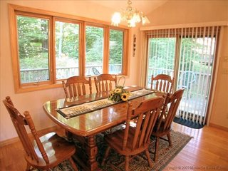 Serenity - Access to Community Swimming & Fishing Pond, Hot Tub, Pet Friendly