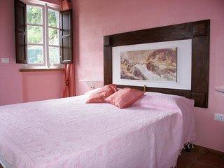 2 bedroom Villa in Pescaglia, Tuscany, Italy : ref 5241026