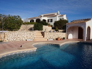 Fabulous 4 bedroom villa with panoramic sea views Javea