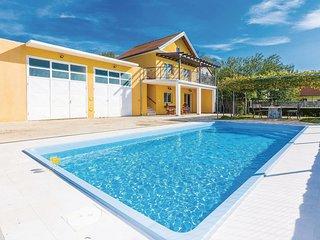 3 bedroom Villa in Maričevići, Zadarska Županija, Croatia : ref 5533176