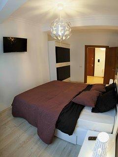 Premium Bedding - Sleep well - Bedroom 2