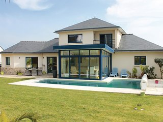 3 bedroom Villa in Kersenval, Brittany, France : ref 5583373