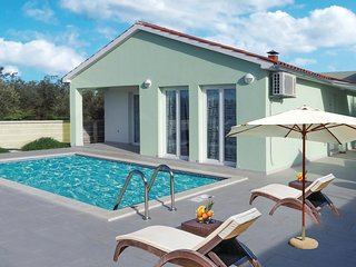 4 bedroom Villa in Valbandon, Istria, Croatia : ref 5583457
