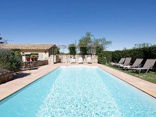 Mazet Location de Vacances 3 chambres avec piscine à Saint Rémy de Provence