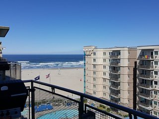 THIS IS YOUR OREGON COAST VACATION!! ITS TIME TO ENJOY AND RELAX!!