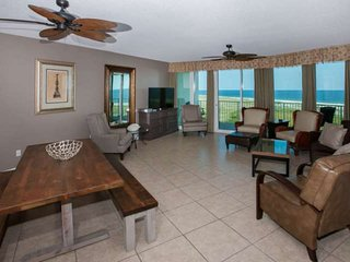 Gulf-View Condo | In/Out/Kiddie pools, Hot tub, Sauna, Putting Green, Lazy River