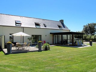 3 bedroom Villa in Carantec, Brittany, France : ref 5438082
