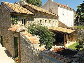 2 bedroom Villa in Novi Vinodolski, Primorsko-Goranska Zupanija, Croatia : ref 5