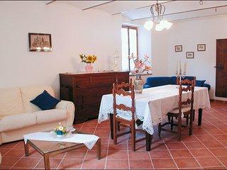 3 bedroom Villa in Maestà dei Mori, Tuscany, Italy : ref 5239773