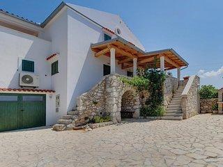 2 bedroom Villa in Vidović, Primorsko-Goranska Županija, Croatia : ref 5521245