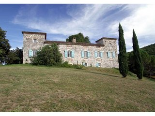 10 bedroom Villa in Penne-dAgenais, Nouvelle-Aquitaine, France : ref 5454983