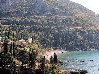 Proastio Villa Sleeps 10 with Pool and Air Con - 5433520