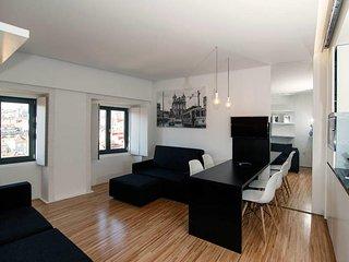 Cathedral Design Apartments . Batalha . P2T