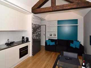 OldCity Design Apartments . Bridges