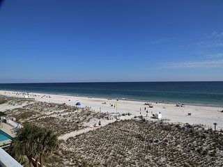 Seacrest 405 Beach Front ~ Relax on your Private Balcony with Direct Beach Front
