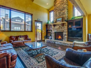 Luxury mountain retreat with four king-size master suites!