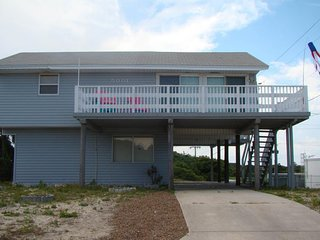 NEW LISTING! Family-friendly, 2-level home w/deck - walk to beach, dogs welcome