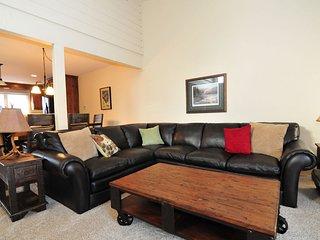 Ridge Condominiums 2672