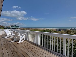 Giggigan's-Enjoy a relaxing vacation at this 5 bedroom ocean view home
