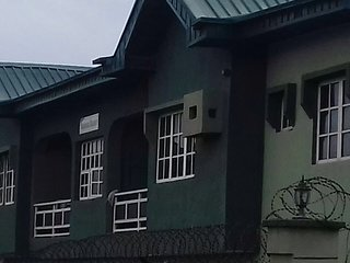 Entire furnished 3beds en-suite flats in Ojodu