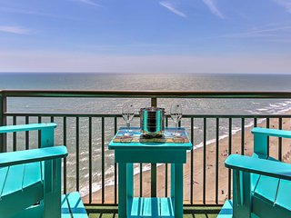 Oceanfront Myrtle Beach Studio w/Resort Amenities!