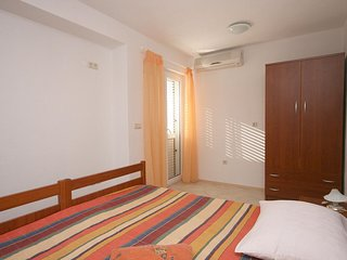 Two bedroom apartment Duce, Omis (A-4798-e)