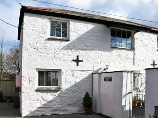 TREKENNER BARN, characterful and stylish converted barn. Close to moors and beac