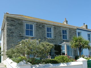 PEN NARE, commanding, double-fronted period house with stunning views of Gerrans