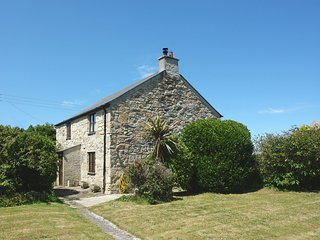 DUNE VIEW, cosy, homely cottage in excellent coastal location. Perranporth 2