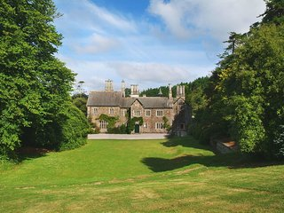 LAMELLEN HOUSE, handsome, Grade II listed, detached Victorian house sleeping 15