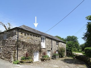 CIDER COTTAGE, comfortable converted Grade II listed stone cider barn, close to