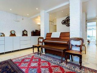 Veeve - Albert Street Apartment