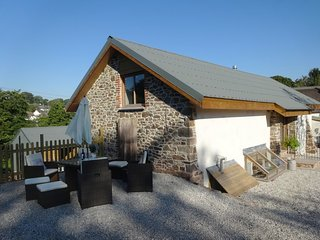 YONDHILL BARN, stylish converted barn with wood burning stove in beautiful surro