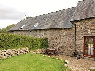 THE BOLTHOLE, stylish, welcoming, pet friendly cottage in tiny Dartmoor hamlet,