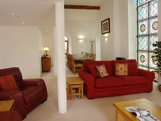 THE WESLEY, smart apartment in converted chapel with stained glass windows and