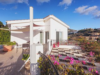 Villa Estepona with private swimming pool | Tala Village | Coral Bay Beach