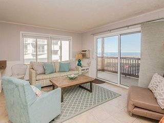 NEW! Ocean City Condo w/ Balcony - Steps to Beach!