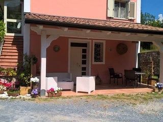 La casa rosa, casa silenziosa posizione strategica