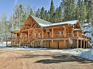 Luxury 6BR Ski-in/Ski-out Home by Angel Fire!