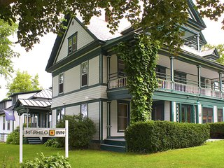 NEW! Historic Mt. Philo Suite w/Lake Views & Porch
