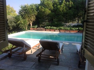 3 Bedroom Villa with Private Pool, Saronida, Athens Riviera