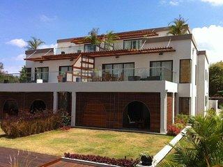 Olana Beachfront Apartments