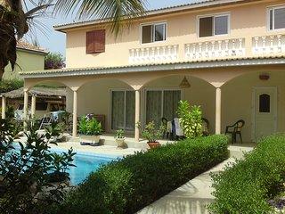villa avec piscine a Saly M'Bambara