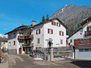 2 bedroom Villa in Pozza di Fassa, Trentino-Alto Adige, Italy - 5512404