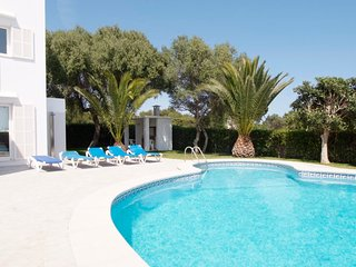 Cala Egos Villa Sleeps 8 with Pool Air Con and WiFi - 5585580