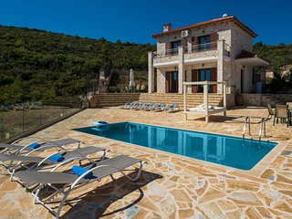 2 bedroom Villa in Koroni, Ionian Islands, Greece : ref 5585579