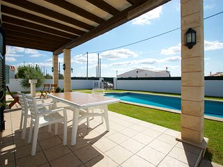 Cala en Porter Villa Sleeps 4 with Pool and WiFi - 5238078